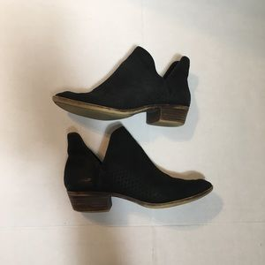 Lucky Brand Black Booties -7.5